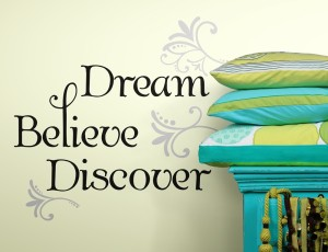 rmk2082scs_dream_believe_discover_wall_decals_roomset_a